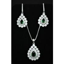 925 Sterling Silver Set With Emerald and Cubic Zirconia